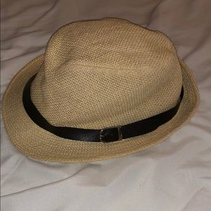 Accessories - Free Vacation hat